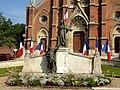 Saint-Just-en-Chaussé (60), monument aux morts 1.JPG