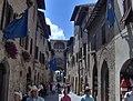 San Gimignano - via San Giovanni - panoramio.jpg