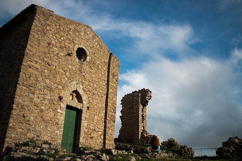 File:Sant'Anna tra le nuvole.jpg