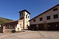 Santa Cruz del Valle Urbión, Iglesia y Consultorio de atención primaria.jpg