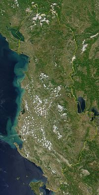 Pozita gjeografike e Shqiperise 200px-Satellite_image_of_Albania_in_June_2000