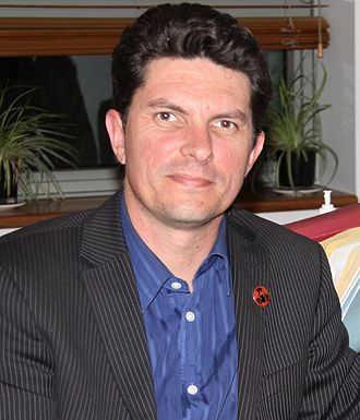 Scott Ludlam - Ludlam at a Cluster Munition Coalition meeting in 2011.