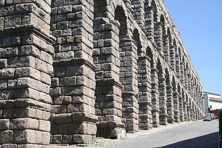 Segovia Acueducto 07 JMM.JPG