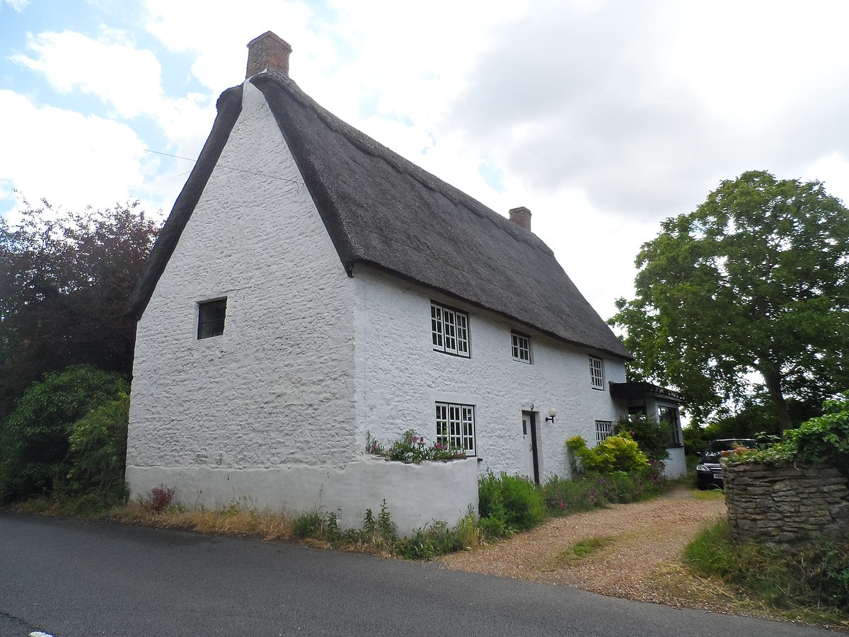 Seventeenth century house, Bromham - geograph.org.uk - 4549409.jpg