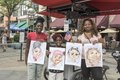 Shanice, Royal, and Marquita Harris the caricatures just completed by sketch artist Ben Bloss in the mile-long 16th Street pedestrian mall in downtown Denver, Colorado. Marquita Harris also holds the LCCN2015633450.tif