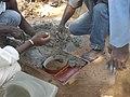 Shaping concrete - Mise en oeuvre du béton (5354676714).jpg
