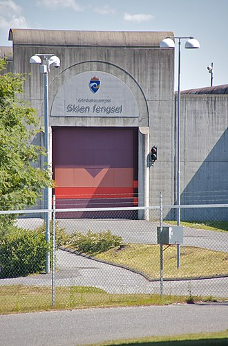 "Anders Behring Breivik - The entrance of Telemark Prison's affiliate in Skien in 2009.(The sign says ""Corrections Service/ Skien Prison"")"