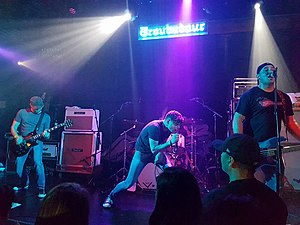 Skate punk - Skate punk band Slick Shoes performing in 2016