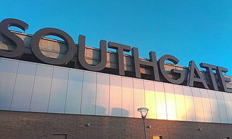 Southgate Centre - Sign at the entrance of Southgate Centre