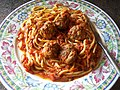 Spaghetti and meatballs (3804354337).jpg