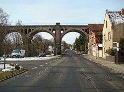 Stadtilm-Viadukt-09471.JPG