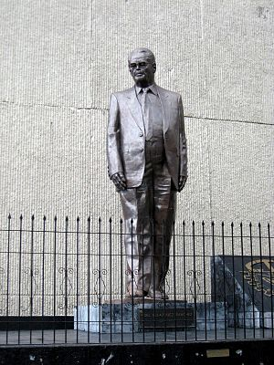 Fidel Velázquez Sánchez -  Statue of Fidel Velázquez which stands in front of the INFONAVIT office in Mexico City