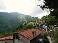 Stazzema-panorama dal borgo.jpg