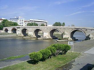 Stone Bridge (Skopje) - Image: Stone bridge in Skopje