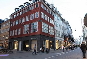 English: Gucci Shop on Street in Copenhagen