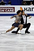 Sui Wenjing and Han Cong at the World Championships 2019 - SP.jpg