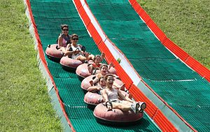 Tubing (recreation) - Neveplast summer tubing