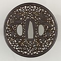 Sword Guard (Tsuba) MET 14.60.69 006feb2014.jpg