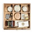 Sytillbehör i bordslåda - Hallwylska museet - 108482.tif