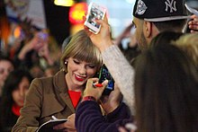 Taylor Swift GMA (8114373842).jpg