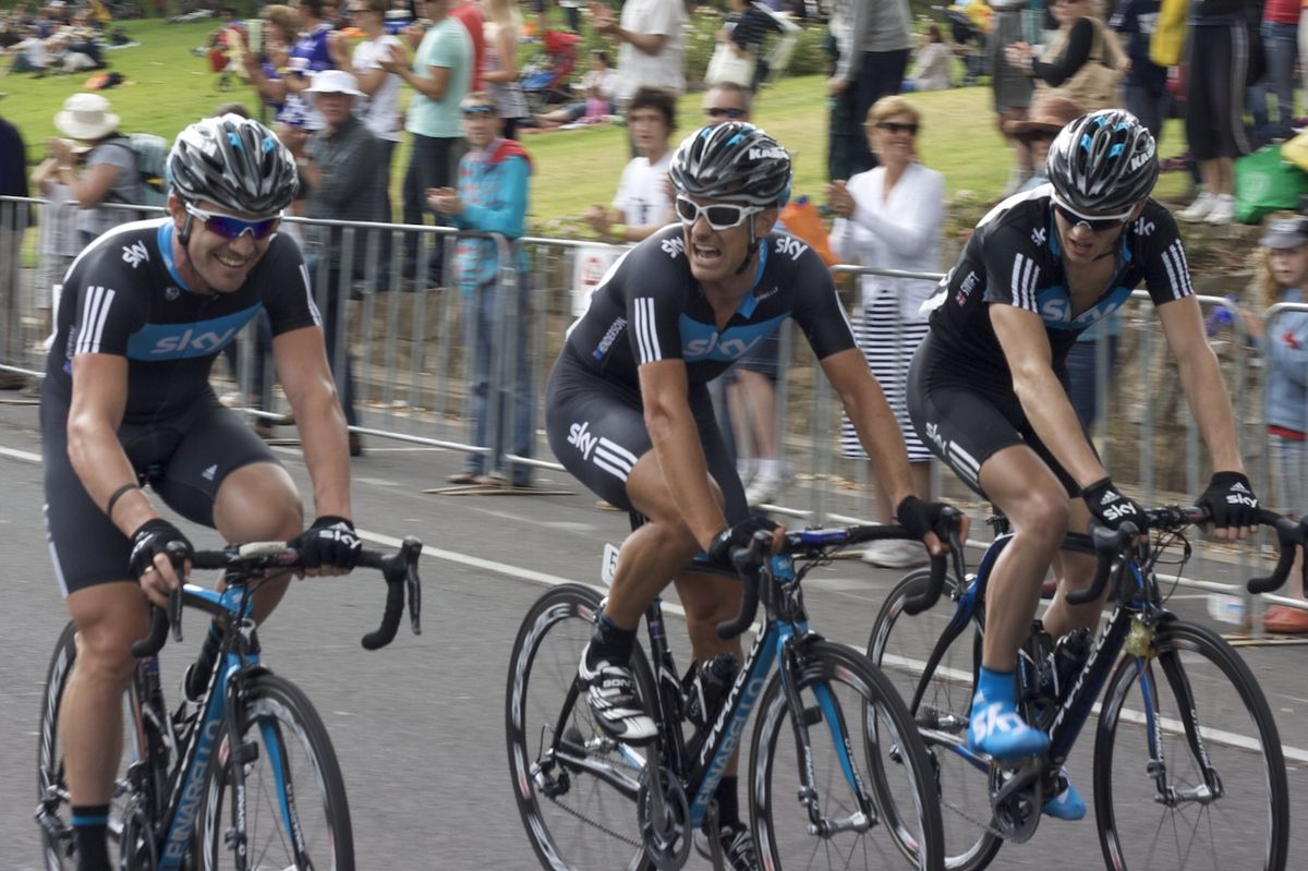 1200px Team Sky after Cancer Council Helpline Classic 2010
