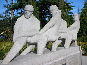 Taylor Woodrow - Teamwork by David Wynne, 1956, outside the Solihull office