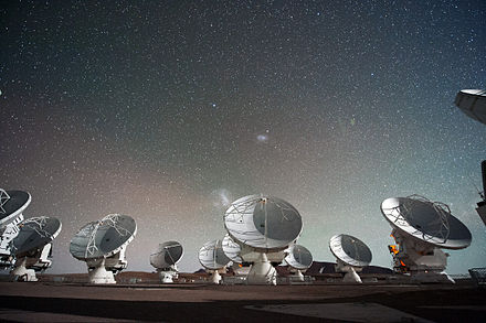 Antennas of the Atacama Large Millimeter submillimeter Array. The Atacama Large Millimeter submillimeter Array (ALMA) by night under the Magellanic Clouds.jpg