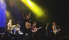 The Vamps Fanfest London 2015.jpg
