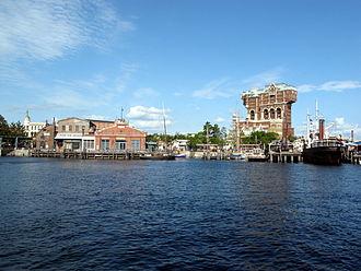 Tokyo DisneySea - New York Harbor