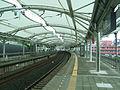 Tokyu-railway-den-en-toshi-line-Eda-station-platform.jpg
