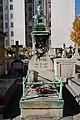 Tombe Yvon, cimetière d'Auteuil, Paris 16e.jpg