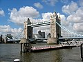 Tower Bridge, London. - panoramio - Pastor Sam.jpg
