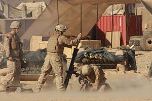 M252 mortar - Image: USMC mortarmen in Helmand province Afghanistan 1