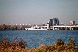 USNS Henson (T-AGS 63)