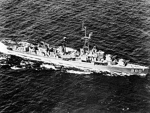 USS Dyess (DDR-880) underway in the Mediterranean Sea 1962