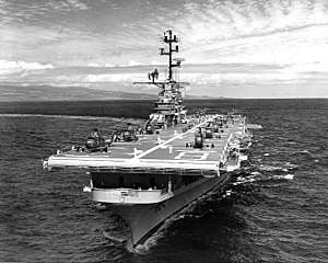 USS Valley Forge (LPH-8) underway in the Pacific Ocean, circa 1962-63 (NH 96946).jpg