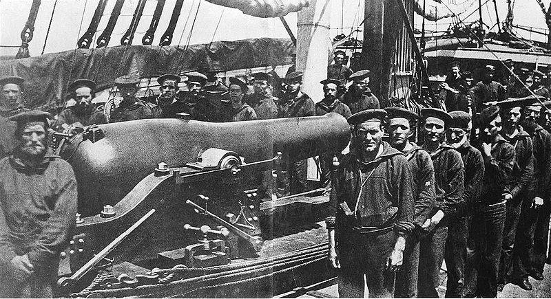 USS Wissahickon Crewmembers.jpg