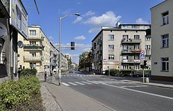 Ulica Dolna przy Konduktorskiej w Warszawie