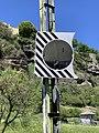 Un miroir routier, chemin sous le Roc.jpg