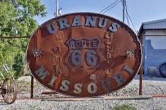 Uranus, Missouri - The largest belt buckle in the world