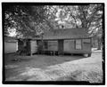 VIEW OF REAR LOOKING SOUTHWEST - 830 Short Bewick Street (House), Waycross, Ware County, GA HABS GA-2227-5.tif