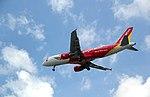 VN-A680 VietJetAir Airbus A320-214 (9725786802).jpg