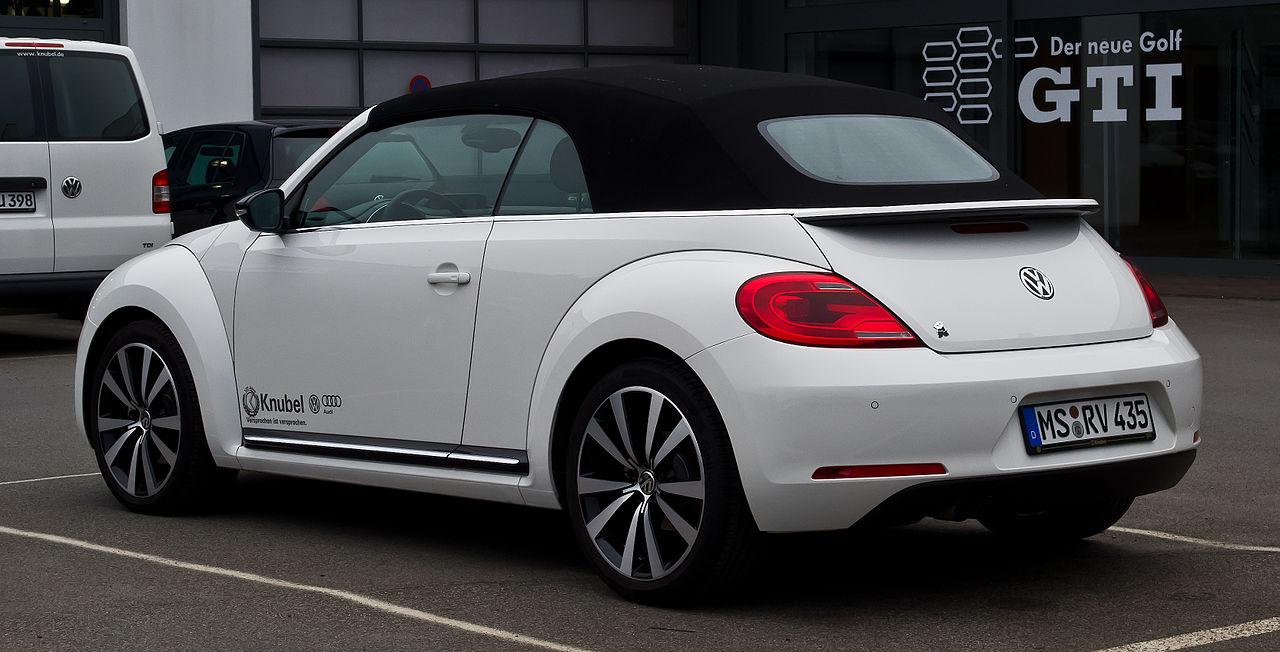 file vw beetle cabriolet 1 4 tsi sport ii heckansicht. Black Bedroom Furniture Sets. Home Design Ideas