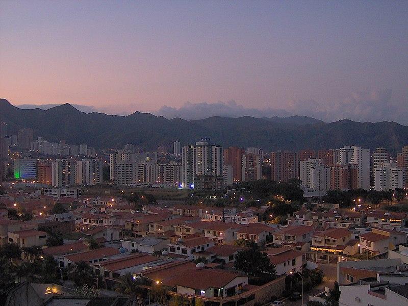 File:Valencia (Venezuela) Skyline.jpg