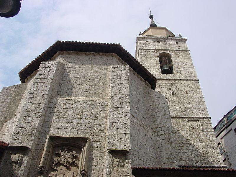 Archivo:Valladolid iglesiasantiago 02 lou.jpg