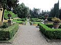 Villa schifanoia, giardino, prima terrazza 02.JPG