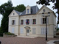 Villiers-Saint-Frédéric Mairie.JPG