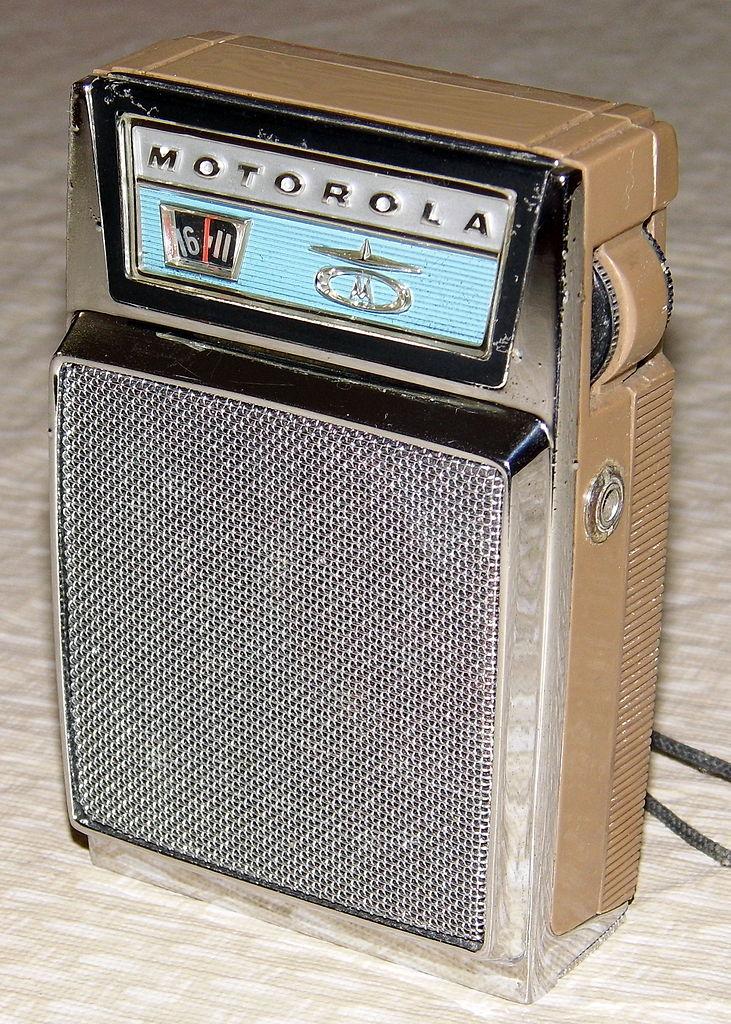 File Vintage Motorola Transistor Radio  Model X15n