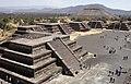 Vista desde la Pirámide de la Luna - Teotihuacan - MX.jpg