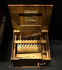 Vogelorgel Musikmuseum Basel 24102013.jpg
